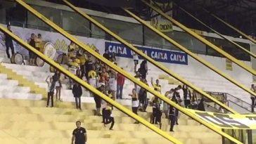 Vídeo da torcida do Criciúma ganhou as redes sociais (Foto: Reprodução/ Twitter)