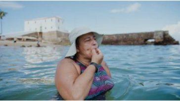 aulas de natação praia