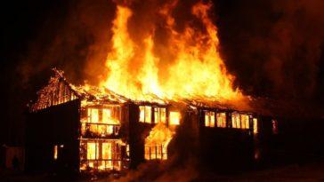 feedclub casa pegando fogo