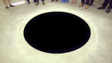 feedclub buraco negro arte acidente