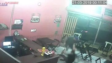 feedclub agressao lanchonete
